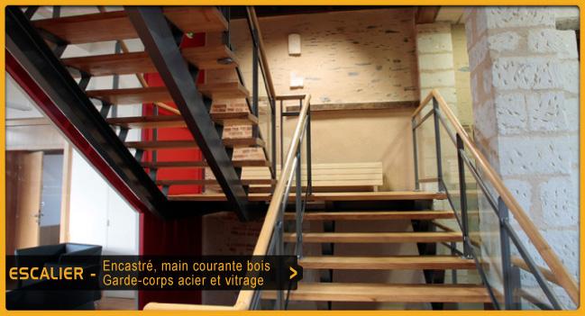 Passerelle - Escalier helicoidal metallique ...
